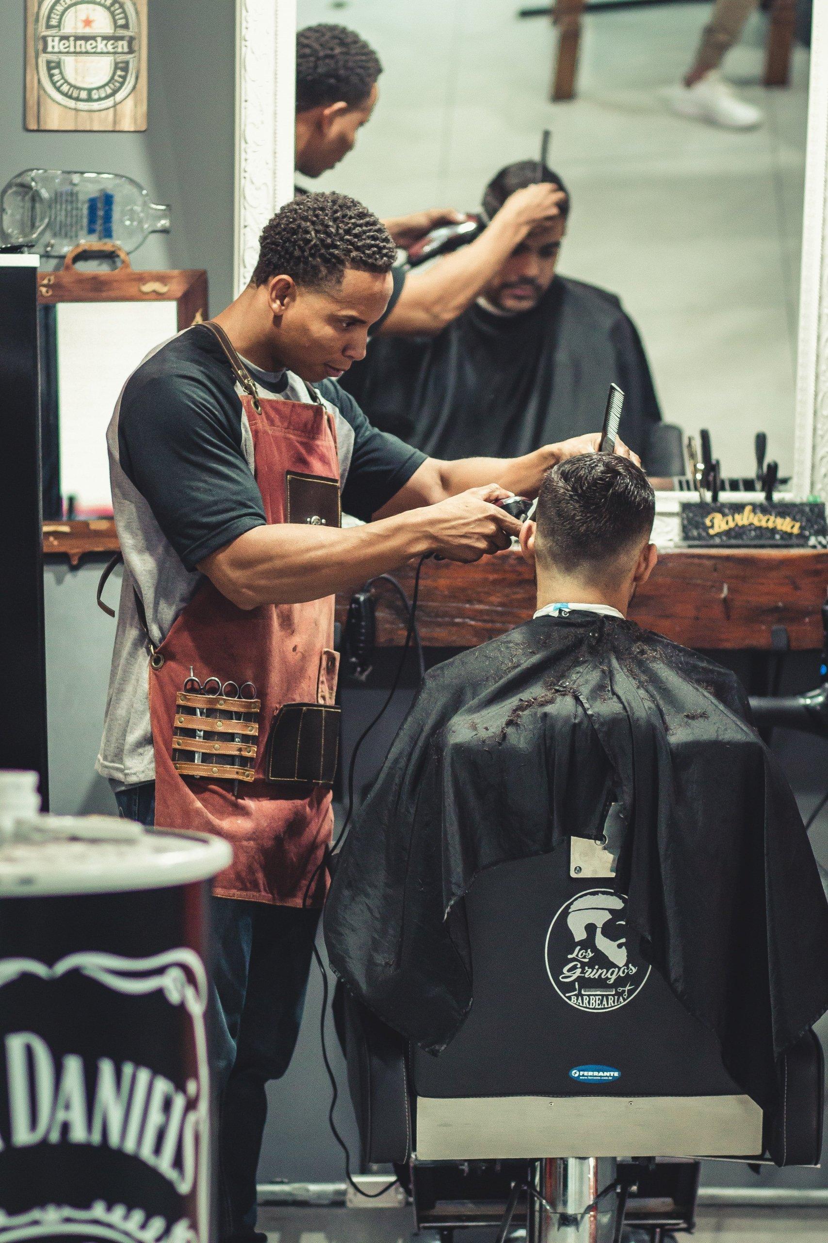 Salone Parrucchieri, Taglio capelli Facile