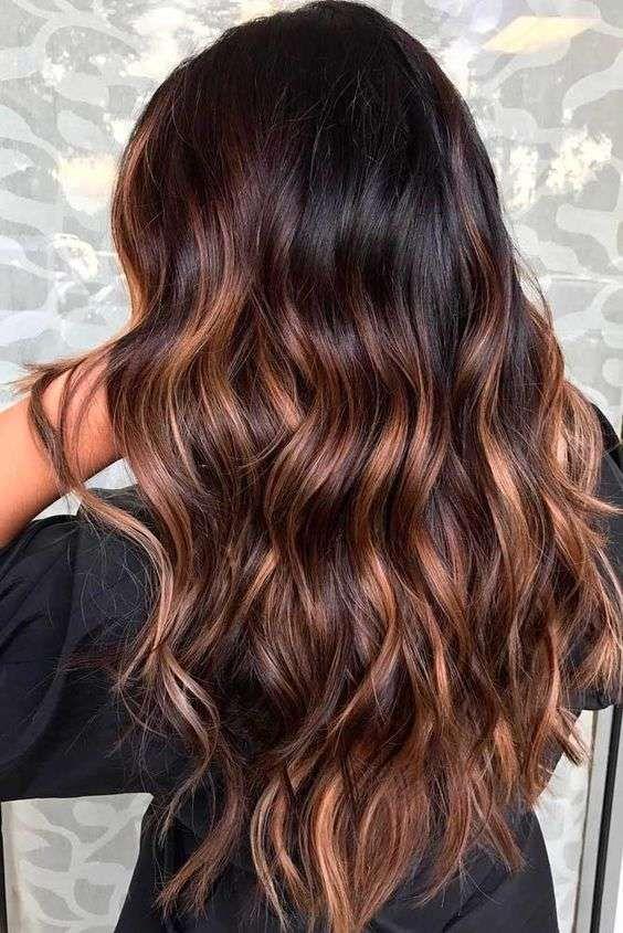 tendenze colore capelli 2020, Taglio capelli Facile